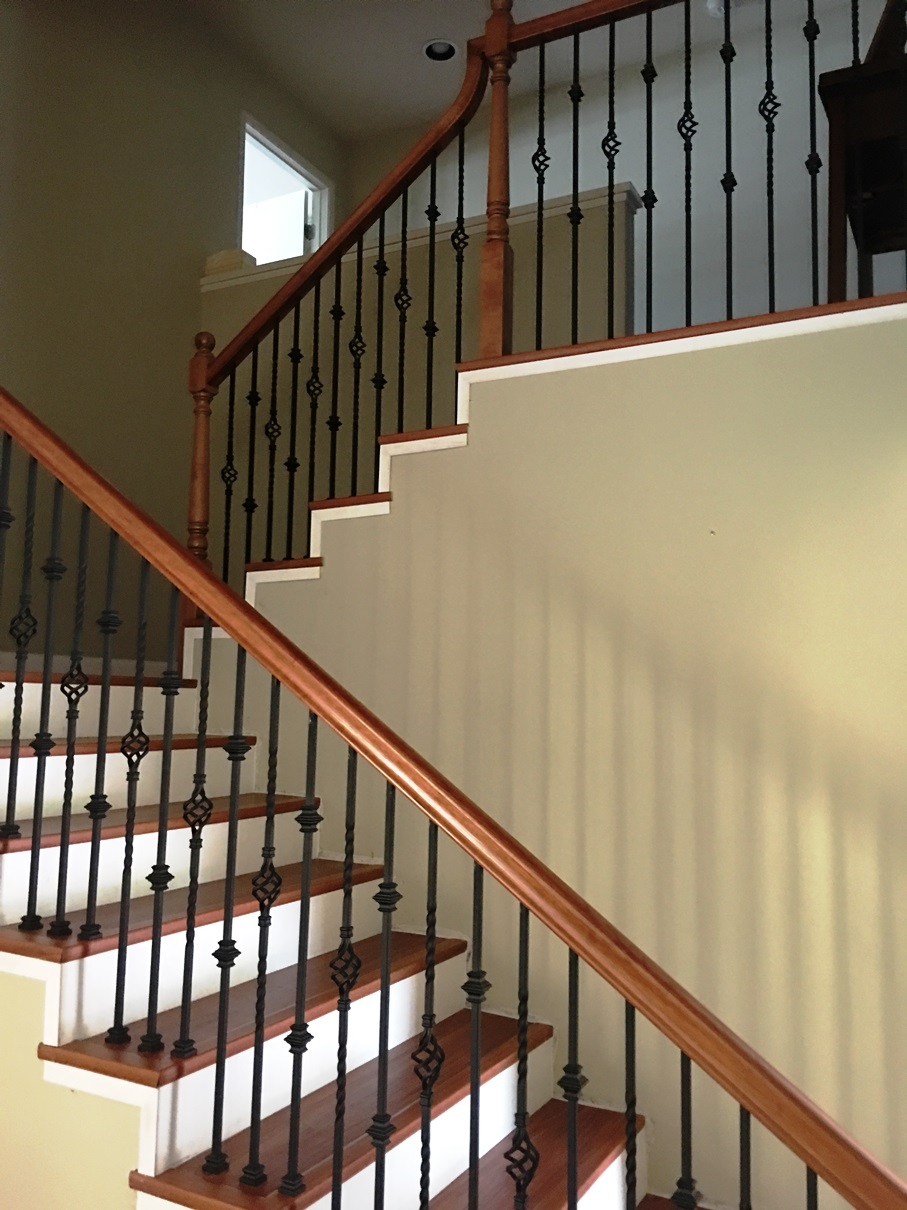 Cherry Railing With Single Basket And Double Knuckle Iron  C